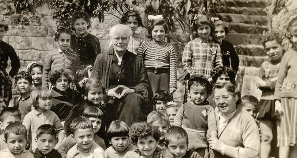 Дейността на американски и скандинавски хуманитарни организации в помощ на арменците